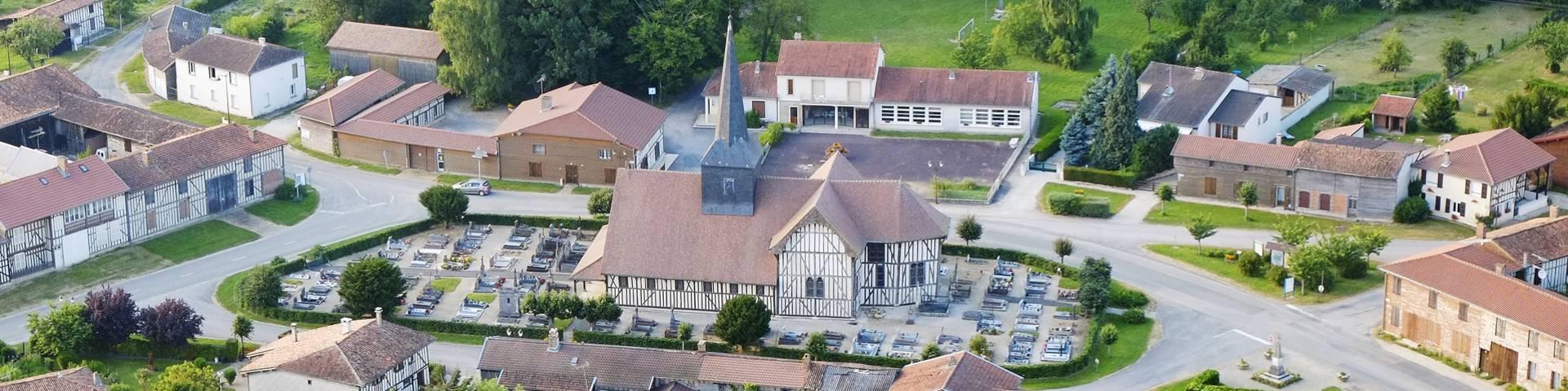 La Route Des Eglises A Pans De Bois Office De Tourisme Lac