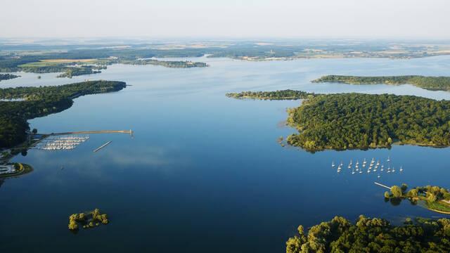 Vue aérienne du Lac du Der en Champagne