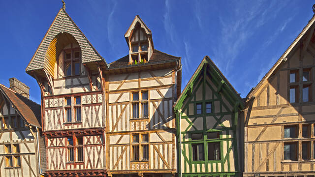 Timbered buildings in Troyes - © D. Le Névé
