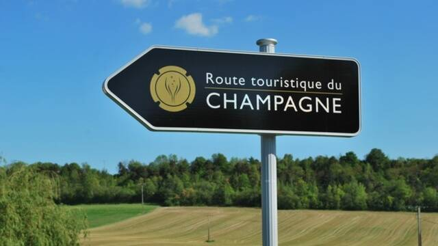 The Champagne route, Coteaux Vitryats
