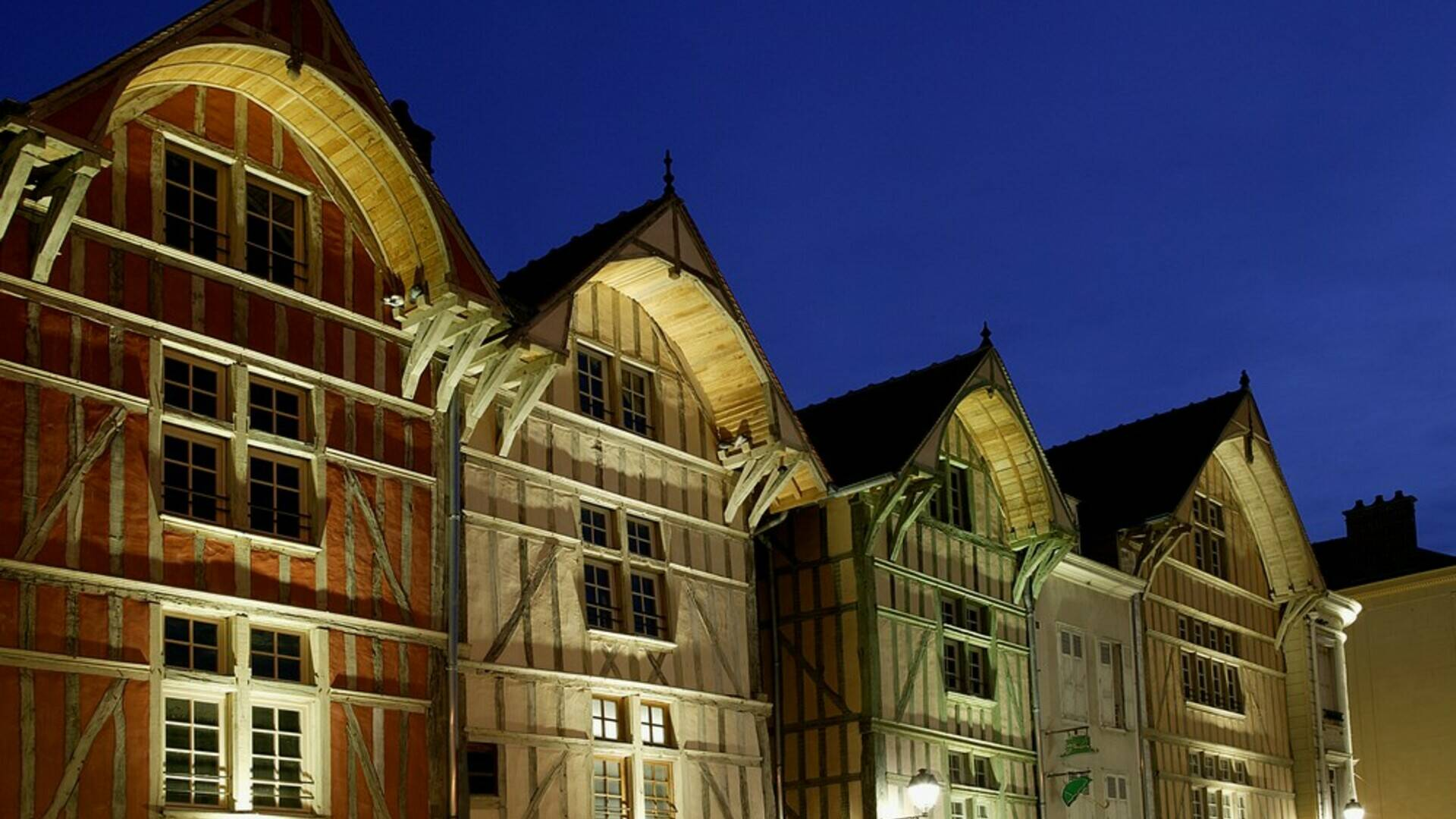 Timber frame houses in Troyes - © D. Le Névé