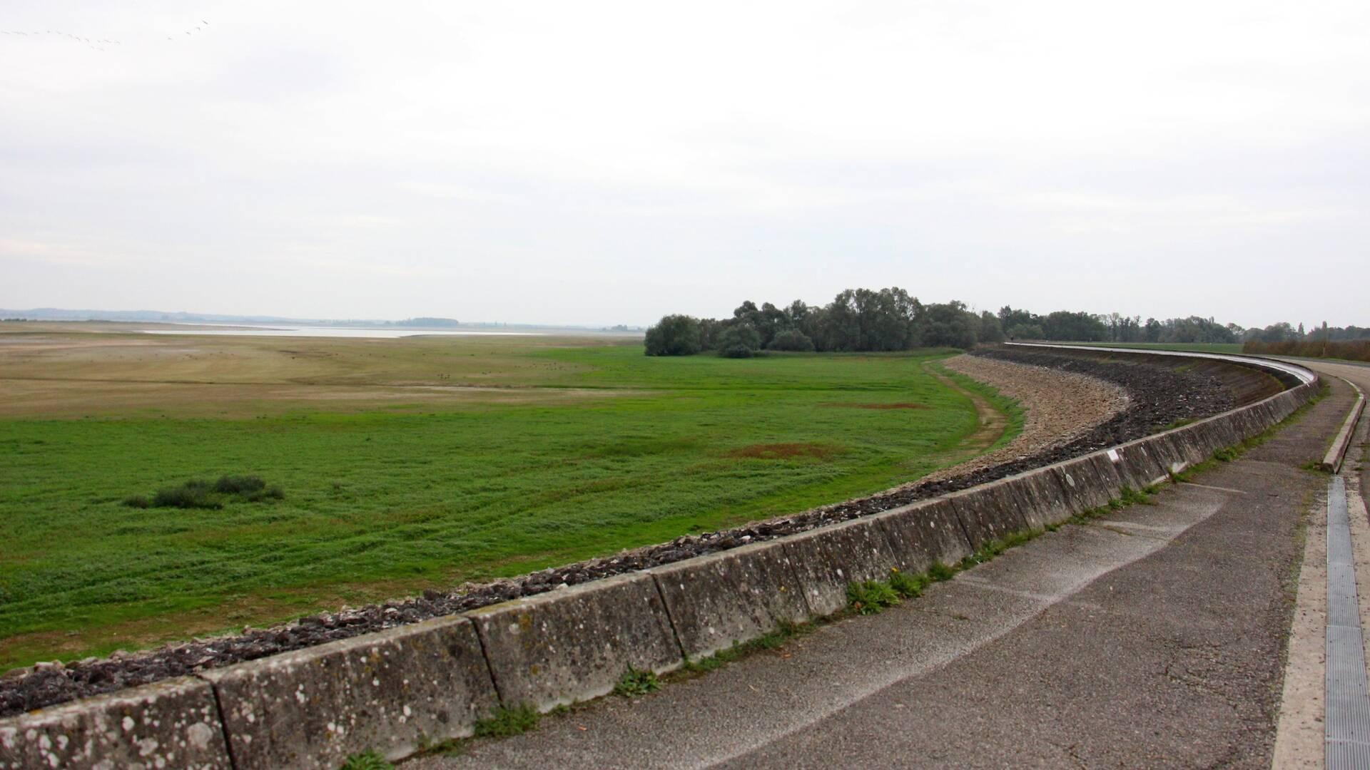 Route sur digue
